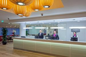 The lobby or reception area at Hampton by Hilton London Gatwick Airport