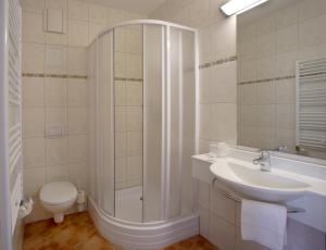 Ein Badezimmer in der Unterkunft Hotel Citymaxx