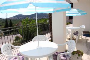 A balcony or terrace at Apartments Palma