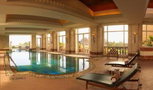 The swimming pool at or near ITC Grand Central Mumbai A Luxury Collection Hotel
