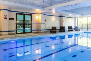 The swimming pool at or near The Hampshire Court Hotel - QHotels