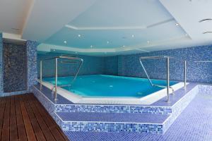 Bazén v ubytovaní Hotel Mousson alebo v jeho blízkosti