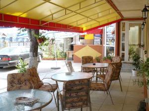 Ресторан / где поесть в Pensiunea Coralia