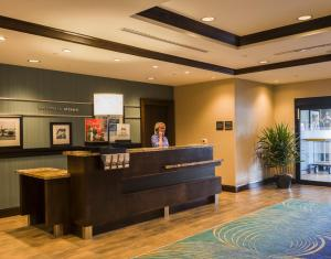 The lobby or reception area at Hampton Inn by Hilton Ottawa Airport