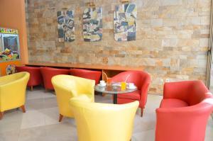 The lounge or bar area at Vita Park Hotel & Aqua Park