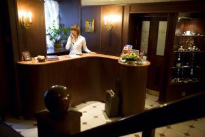 Лобби или стойка регистрации в Ermitage Hotel