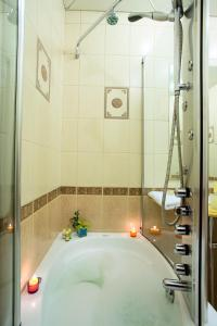 Ванная комната в Ermitage Hotel