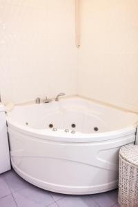 Ванная комната в Apartment na Reki Moyka 28