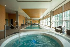 The swimming pool at or near Stamford Plaza Auckland