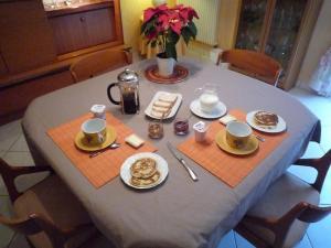 Restaurant ou autre lieu de restauration dans l'établissement Au Bon Accueil