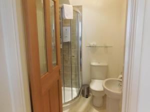A bathroom at Pincerna Rooms