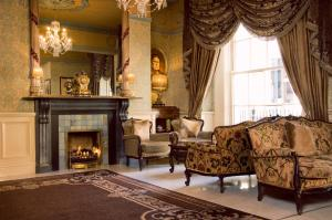 A seating area at Buswells Hotel