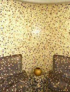 Ένα μπάνιο στο Ξενοδοχείο Αιγαίο