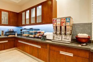 A kitchen or kitchenette at Homewood Suites by Hilton Washington, D.C. Downtown