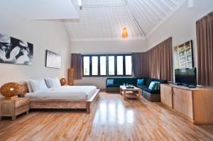 Area tempat duduk di The Dipan Resort, Villas and Spa