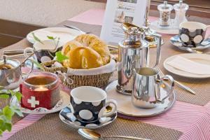 Frühstücksoptionen für Gäste der Unterkunft Hotel Restaurant Bürchnerhof