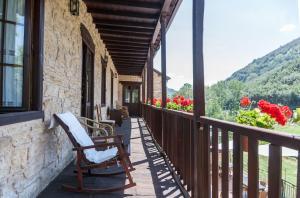 A balcony or terrace at Paraiso del Bierzo