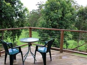 A balcony or terrace at Tamborine Gardens
