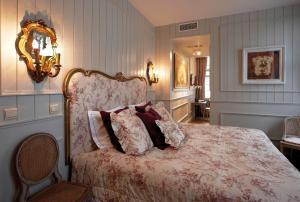 Ein Bett oder Betten in einem Zimmer der Unterkunft B&B Exclusive Guesthouse Bonifacius