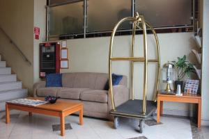 A seating area at Bellerose Inn