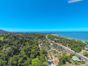 A bird's-eye view of Mission Beach Hideaway Holiday Village