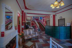The lobby or reception area at Selivanov Hotel