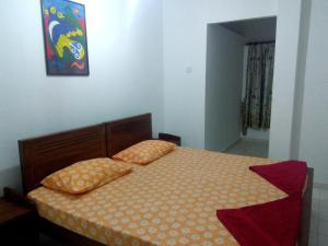 A bed or beds in a room at Shalona Holiday Home