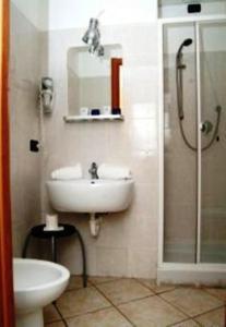 A bathroom at Hotel Acquario