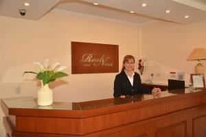Лобби или стойка регистрации в RealNoa Hotel