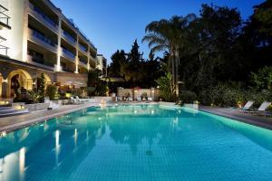 Πισίνα στο ή κοντά στο Rodos Park Suites & Spa