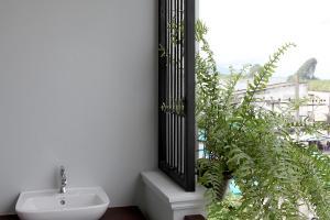 Ett badrum på Hogwortz hostel Krabi