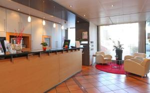 The lobby or reception area at Sorell Hotel Aarauerhof