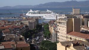 Vista aerea di Cagliari Affittacamere Castello