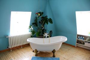 Ein Badezimmer in der Unterkunft B&B EMG