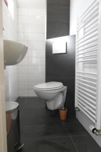A bathroom at Zeealsem