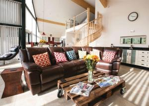 A seating area at Straker Lodges