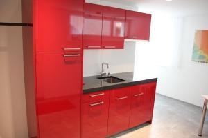 A kitchen or kitchenette at Haus Meierhüsli
