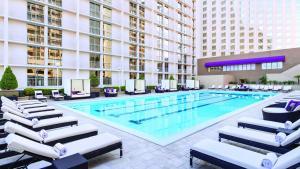 Poolen vid eller i närheten av Harrah's Las Vegas Hotel & Casino