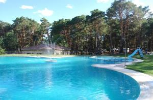 The swimming pool at or close to Camping Urbion