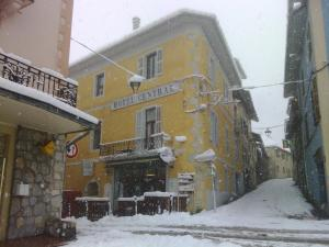 L'établissement Hotel Central en hiver