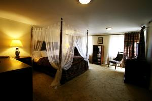 A bed or beds in a room at Villa Alberta