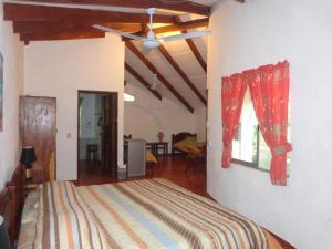 A bed or beds in a room at Cabañas Cañas Castilla