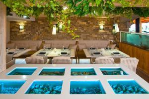 Ресторан / где поесть в Премьер Отель