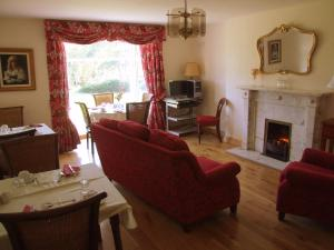 A seating area at Riversdale Bed & Breakfast