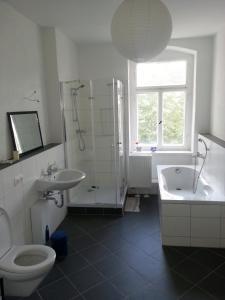 Ein Badezimmer in der Unterkunft Am Zeißigwald