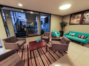 A seating area at CLH Suites Bonito Centro