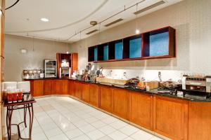 A restaurant or other place to eat at SpringHill Suites Erie