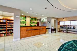 The lobby or reception area at SpringHill Suites Erie