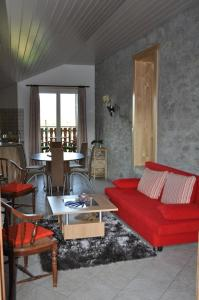 Ein Sitzbereich in der Unterkunft Studio de Vacances Philipona