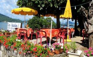 Restaurant ou autre lieu de restauration dans l'établissement Hotel Restaurant - Acacias Bellevue